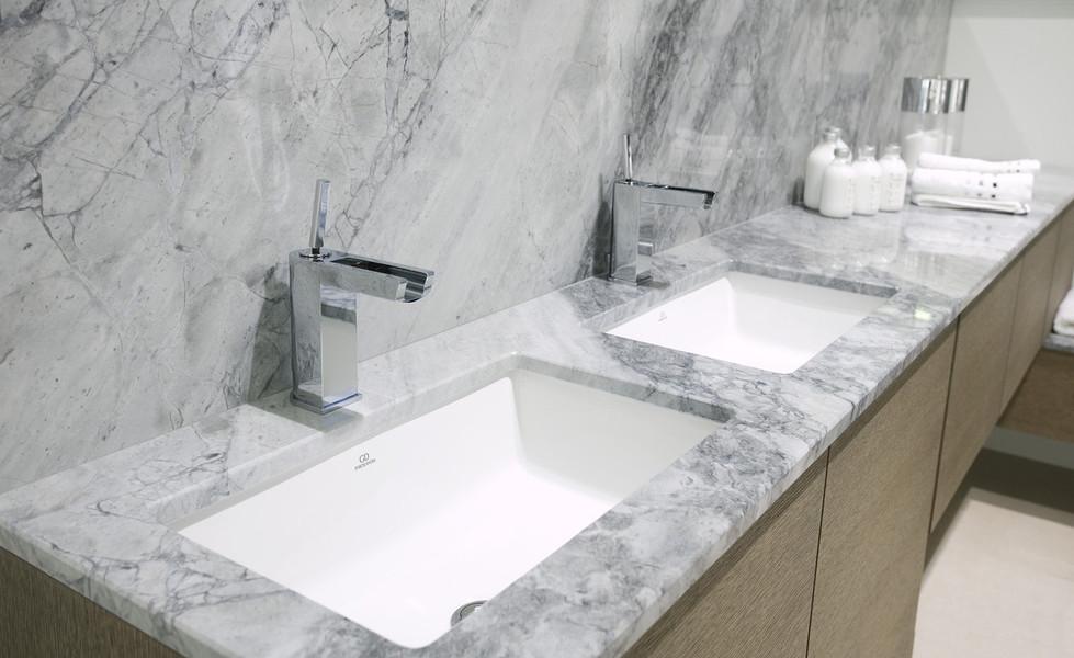 Marmoles tema encimeras de cocina y ba o granitos naturamia - Encimeras de marmol para banos ...